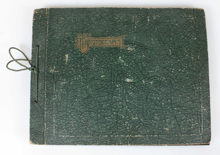 STUNNING 1920-30S FAMILY PHOTO ALBUM W/ VINTAGE CARS ...